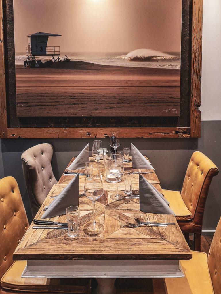Interior Brian's Steak & Lobster Hamburg