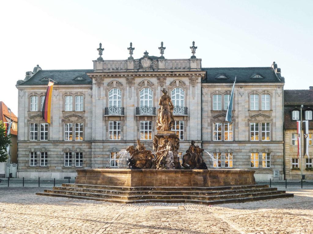 Neues Schloss Bayreuth Brunnen