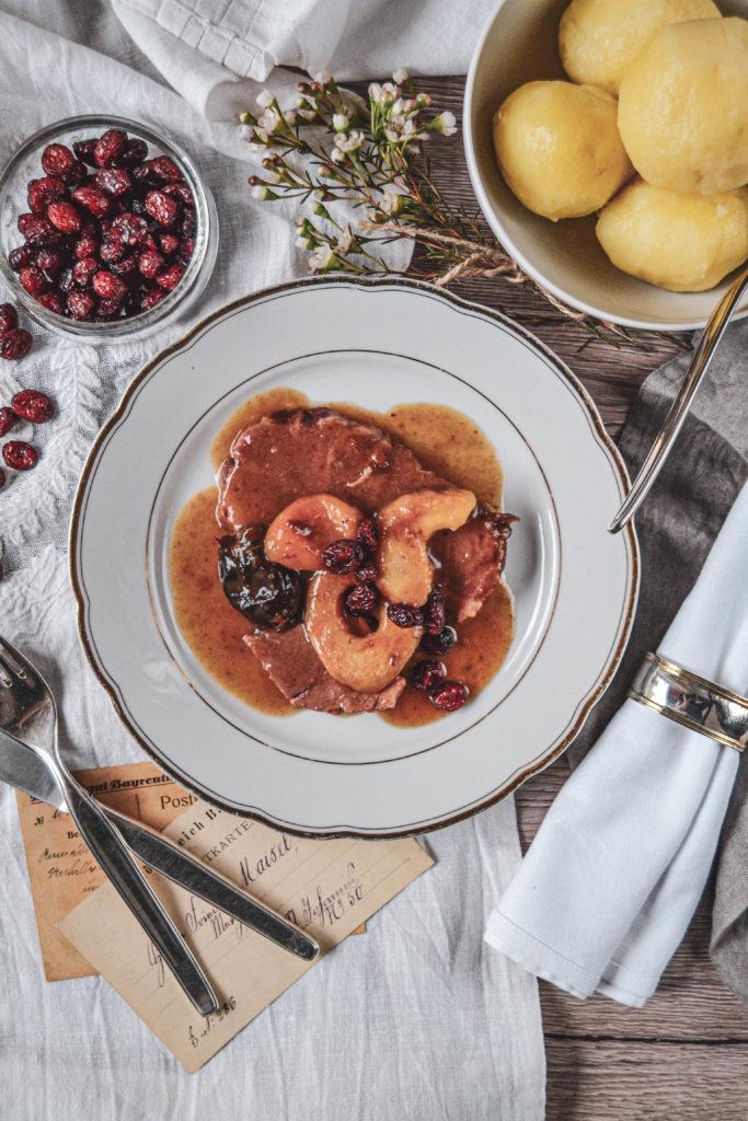 Schlesisches Himmelreich, Schlesische Klöße mit Backobst und Cranberries