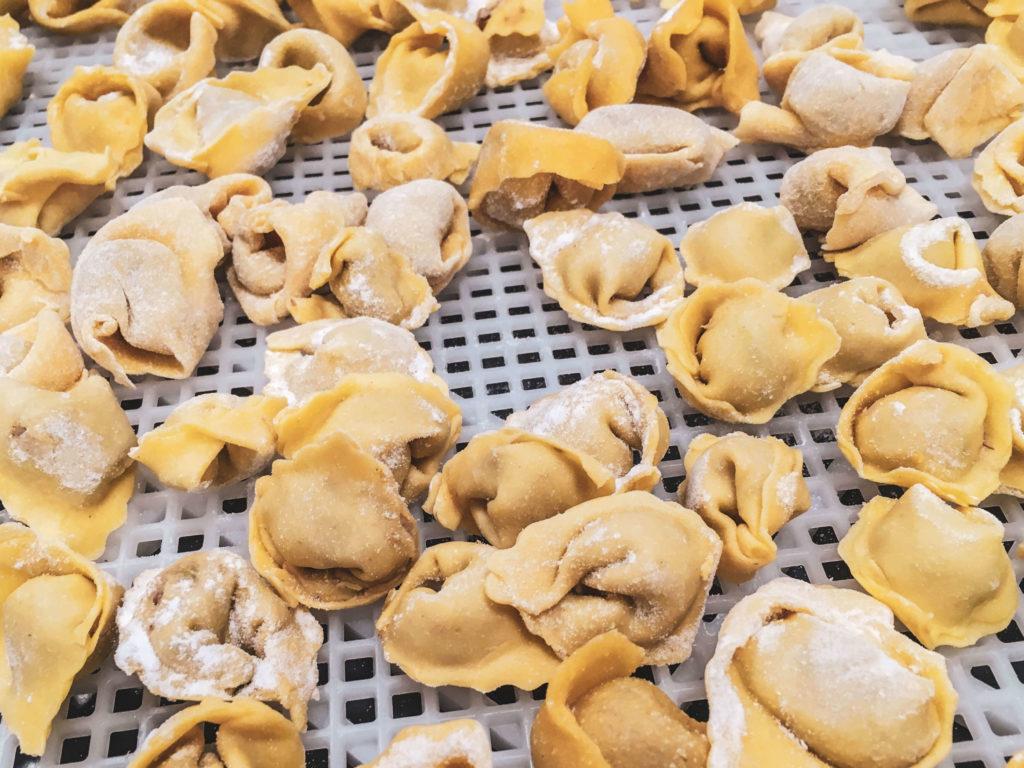 Hausgemachte italienische Tortellini