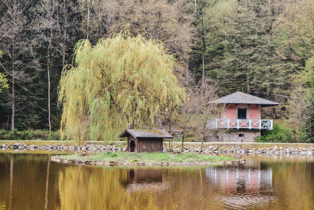 Weiher Park Schloss Fantaisie