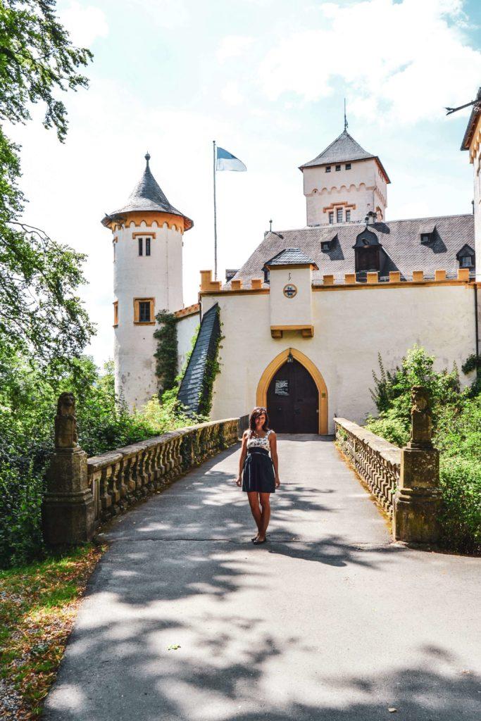 Schloss Greifenstein Burgenstraße Fraenkische Schweiz