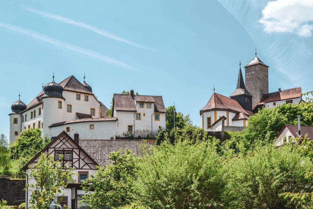 Schloss Unteraufseß Fraenkische Schweiz Burgenstraße