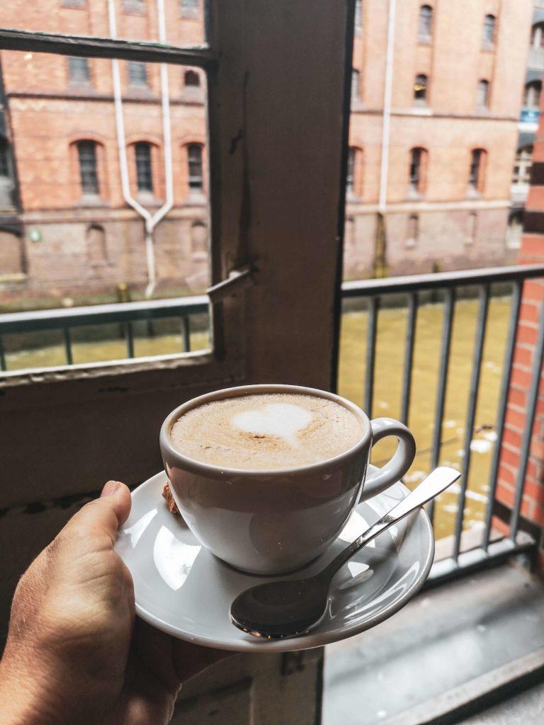 Cappuccino Kaffeeroesterei Speicherstadt Hamburg